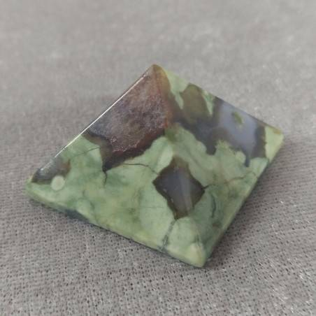 PYRAMID in AGATE Natural Point Statue MINERALS Crystal Healing Chakra Wicca-2