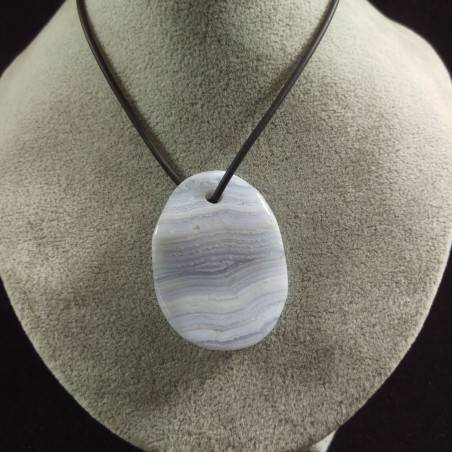 Pendant in BLUE CHALCEDONY Leaf Necklace Tumbled Crystal Healing Chakra-1