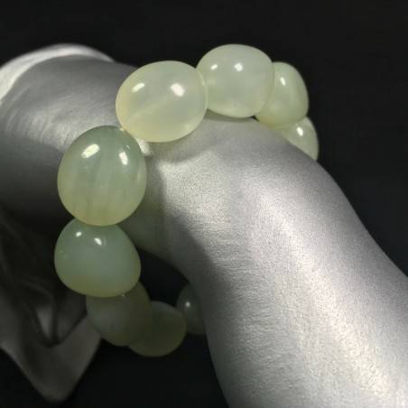 Green JADE Tumbled Stone Bracelet Natural Elasticated Minerals Stone Beads-1